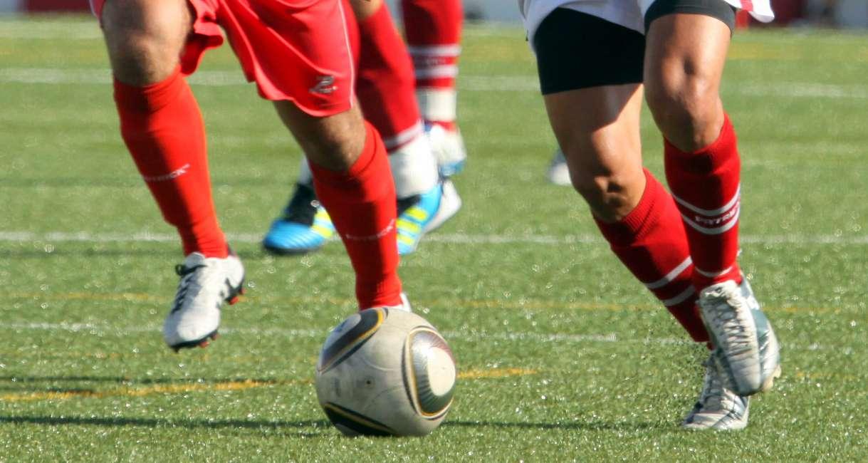 Farense, Olhanense e Moncarapachense ganham no arranque do Campeonato de Portugal