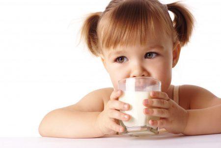 leite-europa-escolas