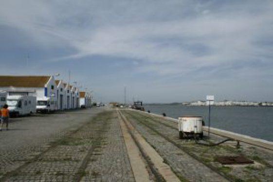 Feixe_de_vias_no_Porto_de_Vila_Real_de_Santo_Antonio