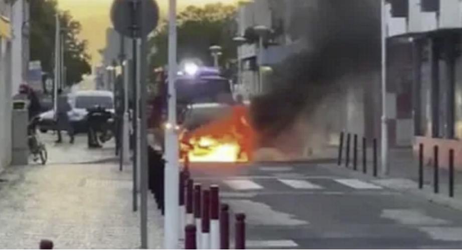incendio em automóvel